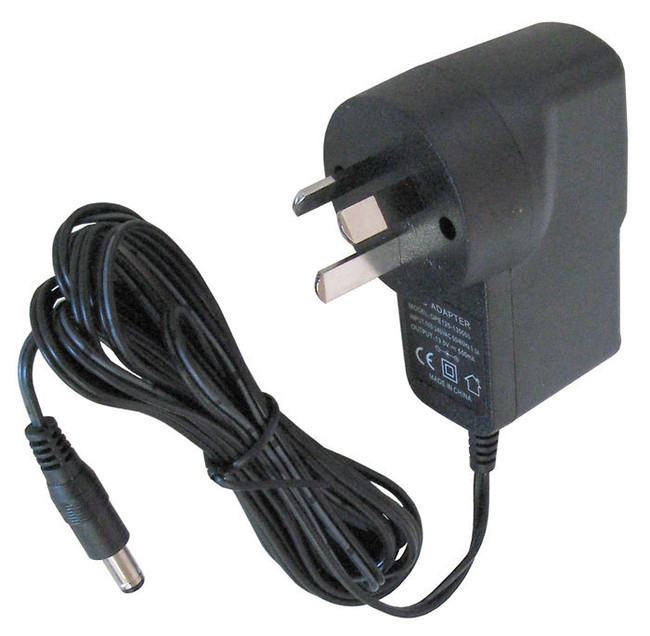 Australian 3-pin plug. Input: 100-240 V 50/60Hz 0.3A. Output: 13.5 Vdc 500mA. 6' cord with 2.1mm coax plug, center positive. CE.