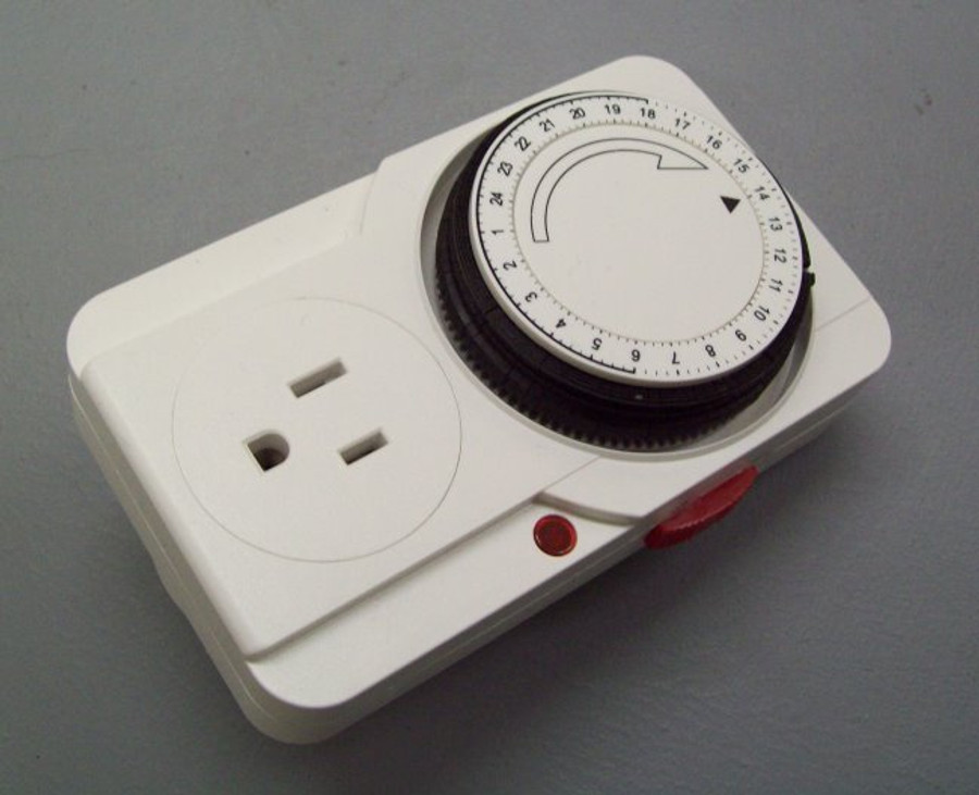 Analog timer programmable timer (style may vary).