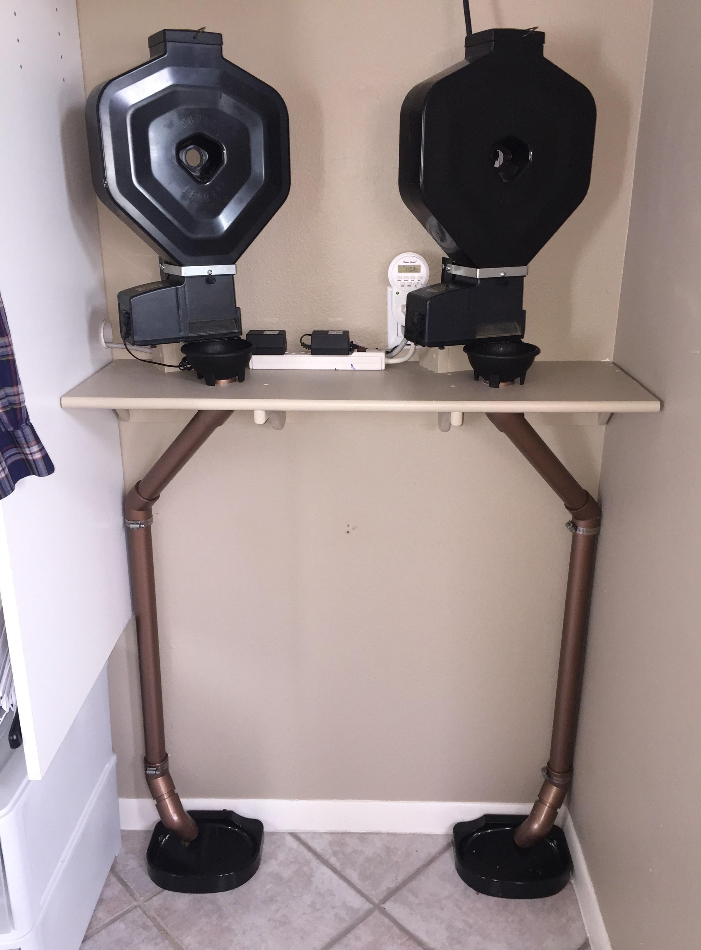 cat-feeder-shelf.jpg