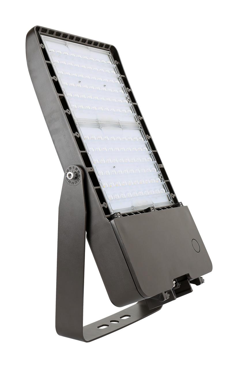 LED Area Light, 300 Watt, 39300 Lumen, 480 volt, 5000 Kelvin, UL and DLC Listed