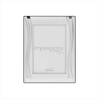 "Impressions Silver Plated Wavy Design 6/4"" Frame"