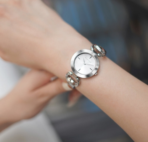 Ladies Silverplated Watch Solid