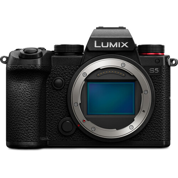 Panasonic Lumix DMC-S5 with 12-60mm f/3.5-5.6 Lens