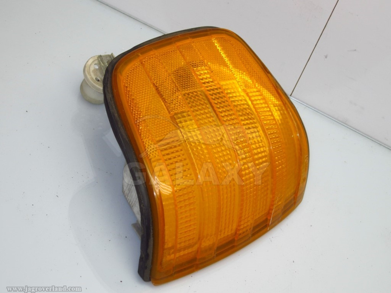 Mercedes W126 Front Right Turn Signal Light 560 420 380 Sel Se 1 305 233  082 1305233082