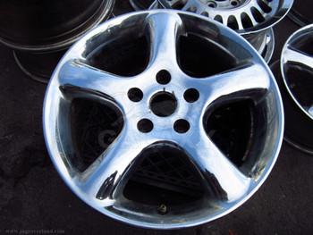 "00 XK8 17"" Road Wheel"
