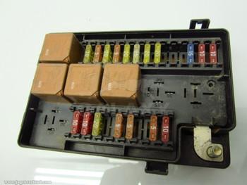 98-03 XJ8 R Fuse Box Lnc2822Ca