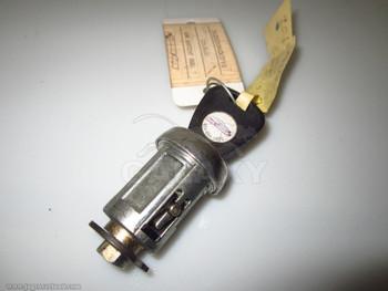 95-03 XK8 XKR XJ6 XJ8 XJ12 XJR Oem Ignition Switch Lock Cylinder w Key Jlm2145