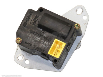 Servo 95-06 XJ8 JLM11962 063700-5441