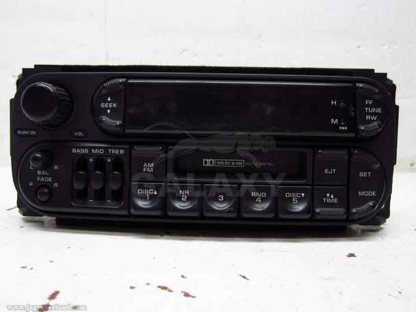 2002-2006 Jeep Grand Cheree Radio P56038588Al