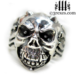 .925 sterling silver skull gargoyle ring with closed jaw
