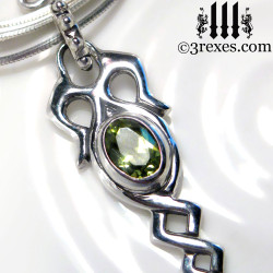 925 sterling silver dripping celtic princess necklace with green peridot stone detail view