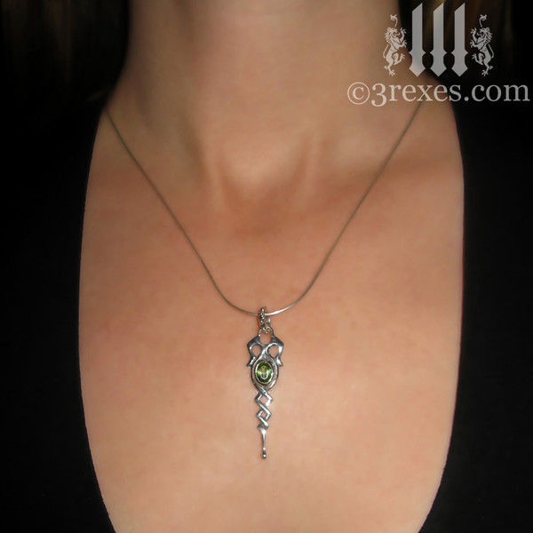 925 sterling silver dripping celtic princess necklace with green peridot stone model view