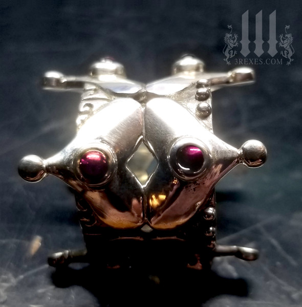 DISCOUNTED Full Crown Ring with 8 Garnet Cabochon Stones .925 Sterling Silver Size 8.5 fits 7-7.5 finger