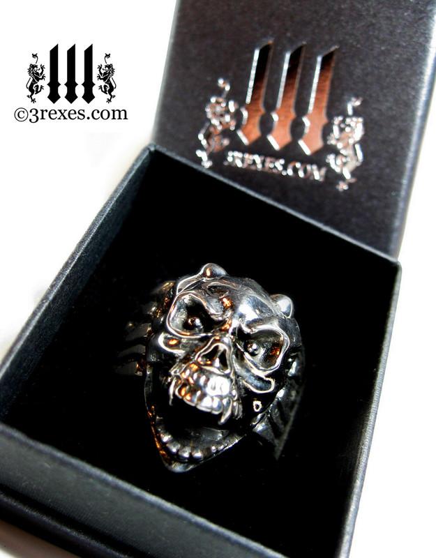 3 rexes prestige ring box with silver skull gargoyle ring