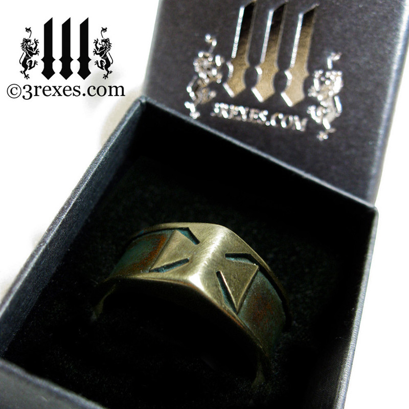 3 rexes prestige ring box with iron cross ring with darkened bronze masonic knights templar band