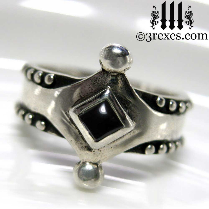 the majestic medieval ring 925 sterling silver gothic black onyx