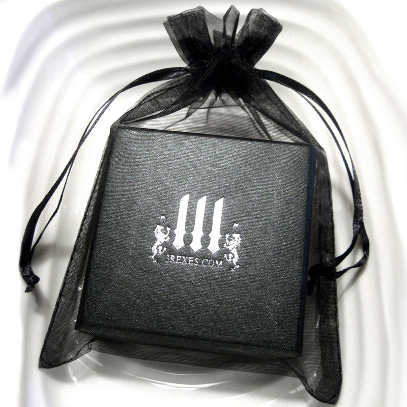 3 rexes prestige black necklace box