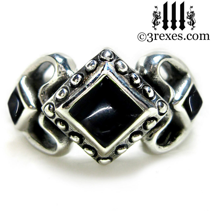 ladies gothic wedding ring womans medieval engagement band with black onyx stones silver princess love ring