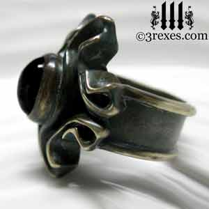 brass-empress-vampire-ring-gothic-black-onyx-stone-side-300.jpg
