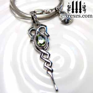 dripping-celtic-silver-necklace-green-peridot-stone