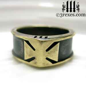 mens-brass-templar-iron-cross-ring-dark-patina-band-front-view.jpg