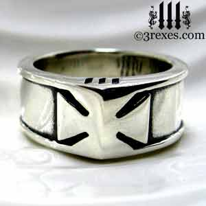 mens-silver-iron-ring-knights-templar-band-maltese-historic-rings-front