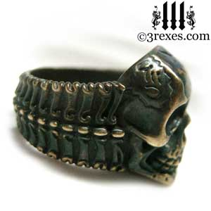 mens-pirate- skull-ring-black-brass-biker-band-side-detail-3-rexes-jewelry