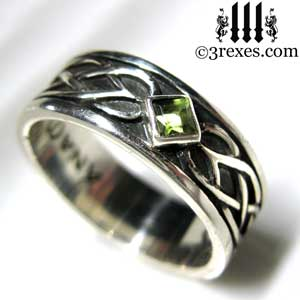 soul-love-anam-gra-mens-silver-celtic-wedding-ring-green-peridot-stone-2
