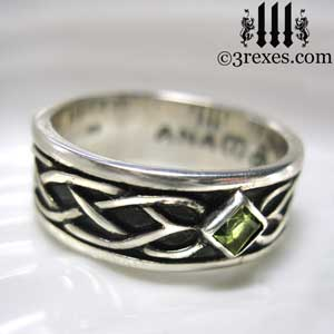 soul-love-anam-gra-mens-silver-celtic-wedding-ring-green-peridot-stone-4