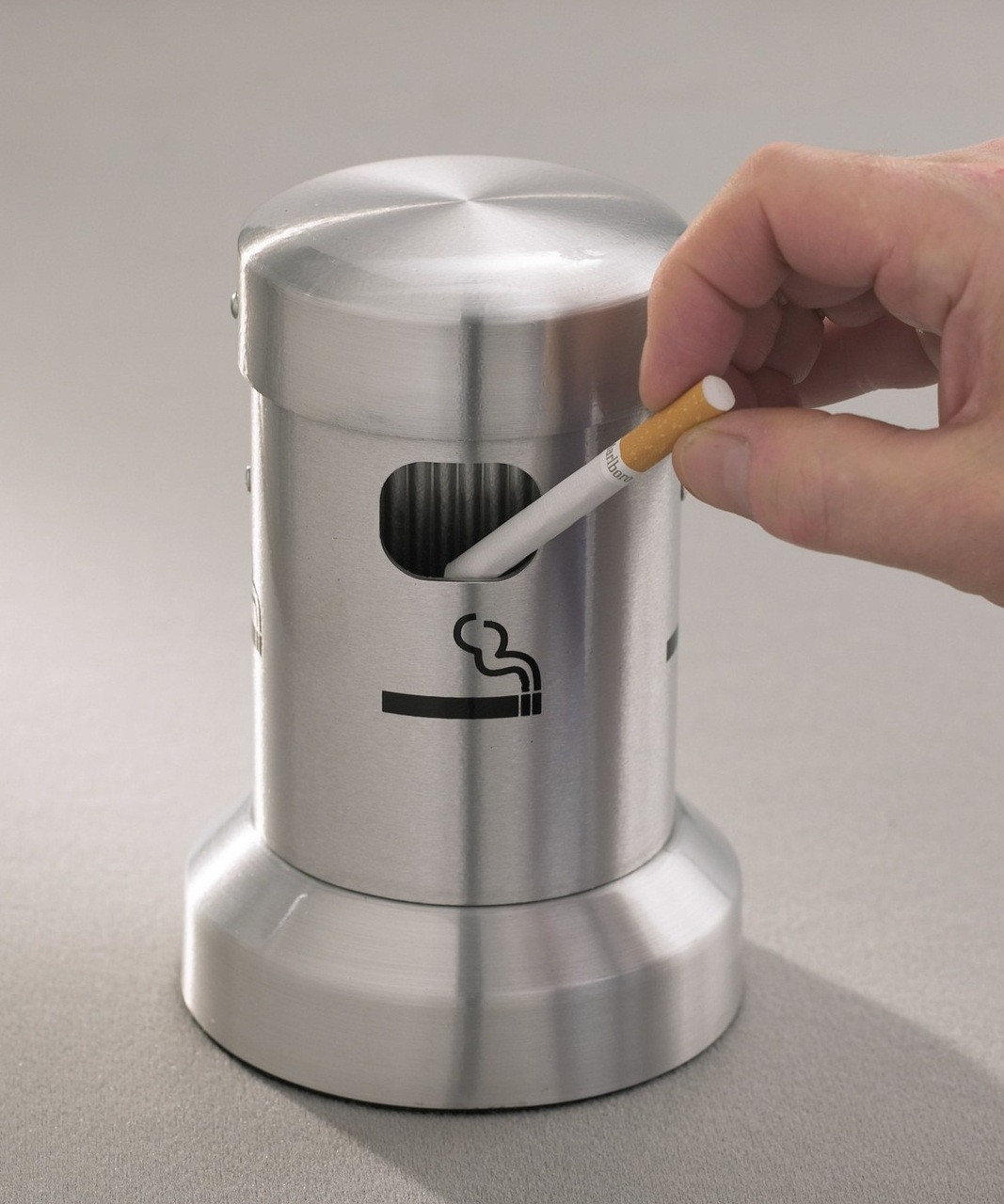 Ash tray in use