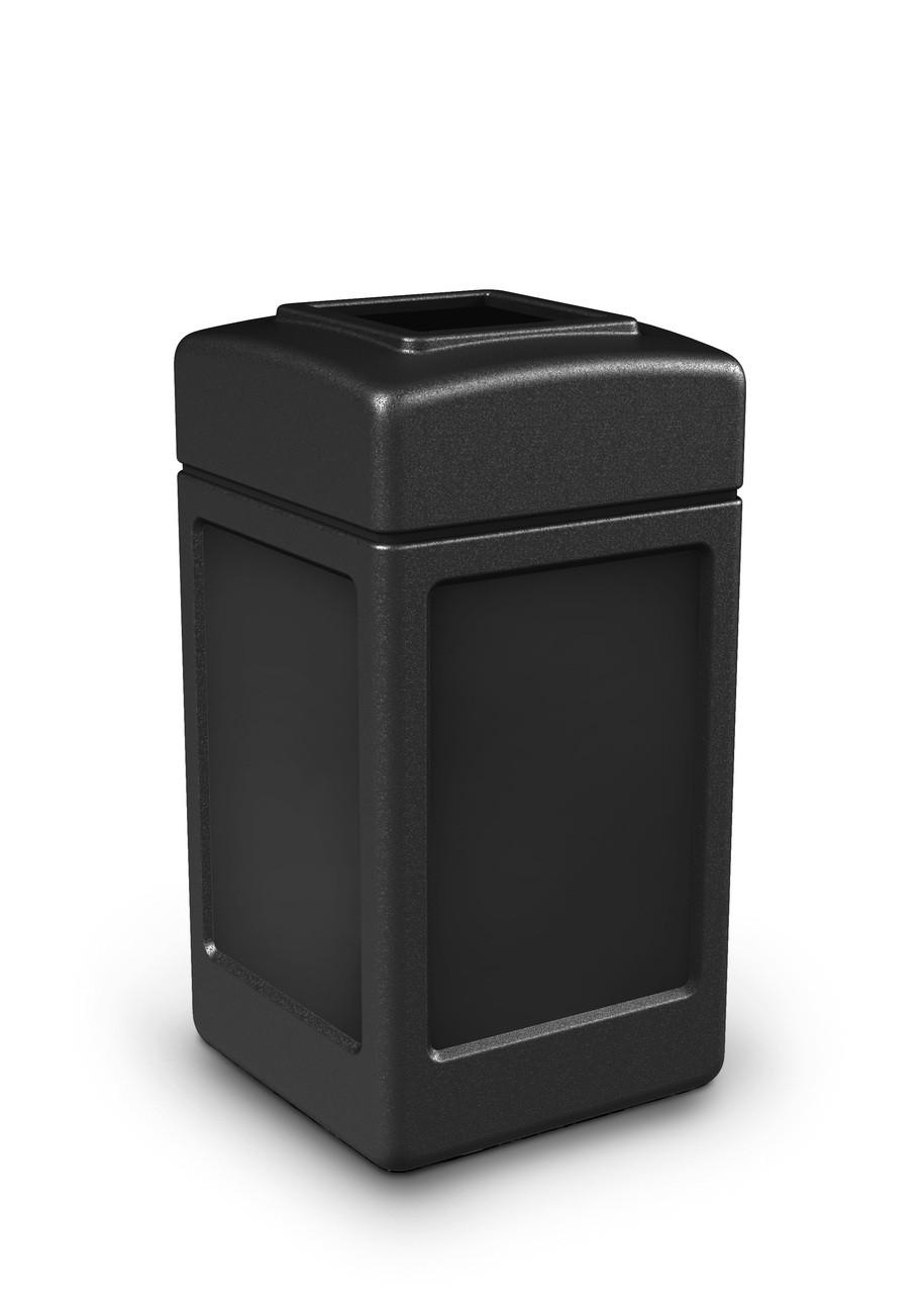 42 Gallon All Season Indoor Outdoor Square Plastic Garbage Can Black