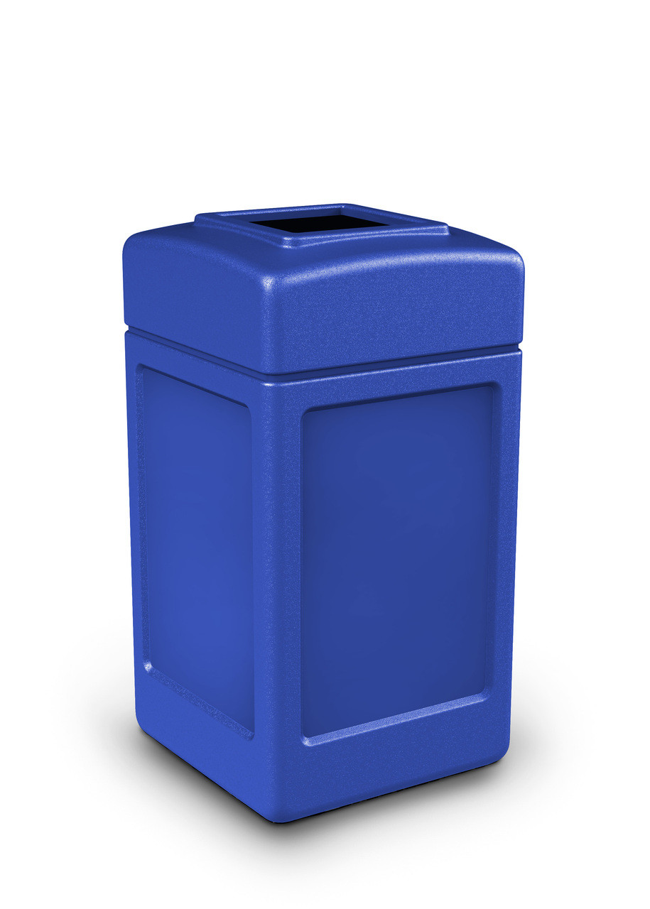 42 Gallon All Season Indoor Outdoor Square Plastic Garbage Can Blue