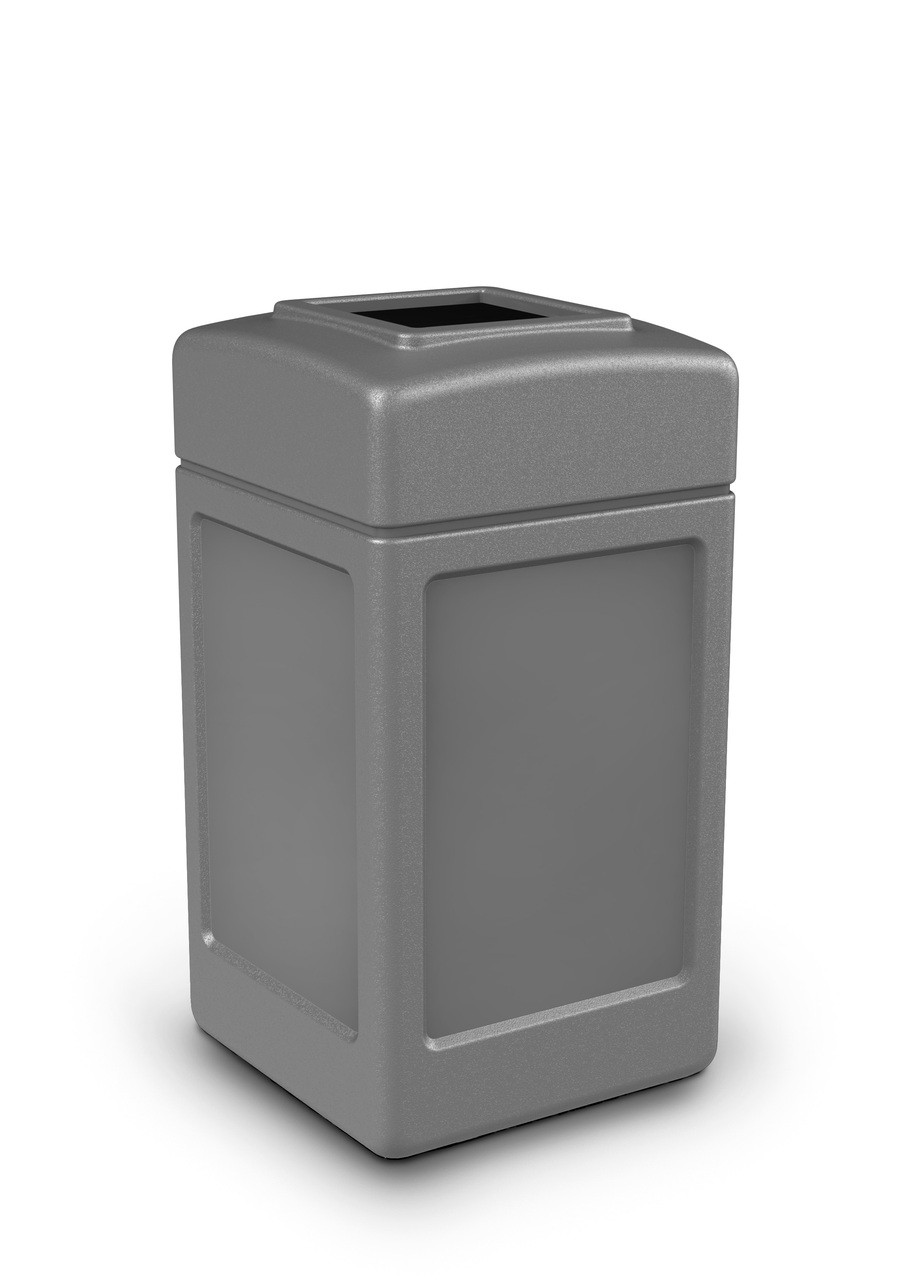 42 Gallon All Season Indoor Outdoor Square Plastic Garbage Can Gray