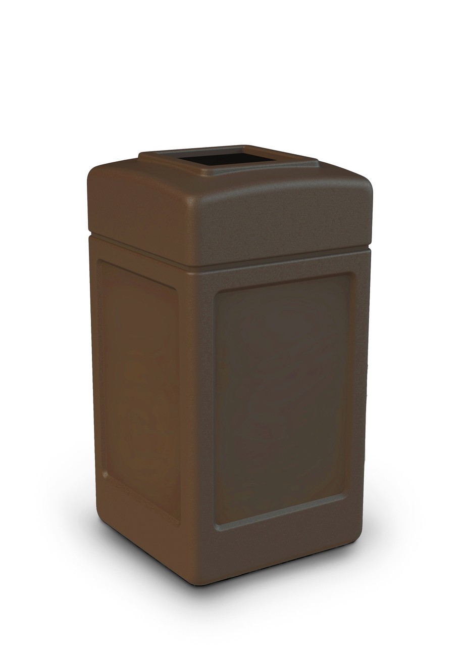 42 Gallon All Season Indoor Outdoor Square Plastic Garbage Can Brown