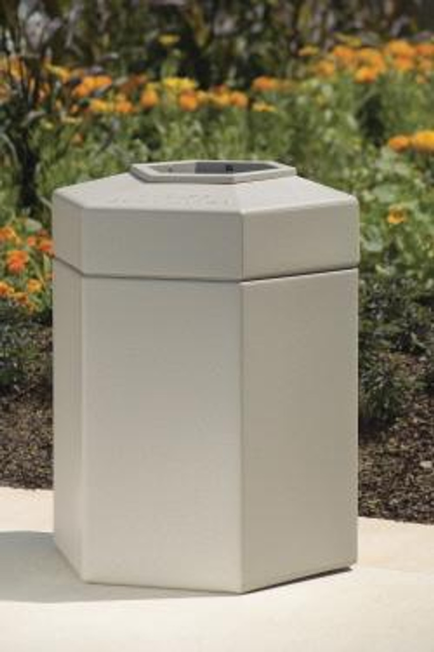 45 Gallon All Season Indoor Outdoor Hexagon Plastic Garbage Can Outdoors