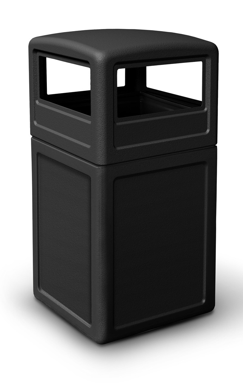 42 Gallon All Season Square Plastic Outdoor Garbage Can with Dome Lid Black