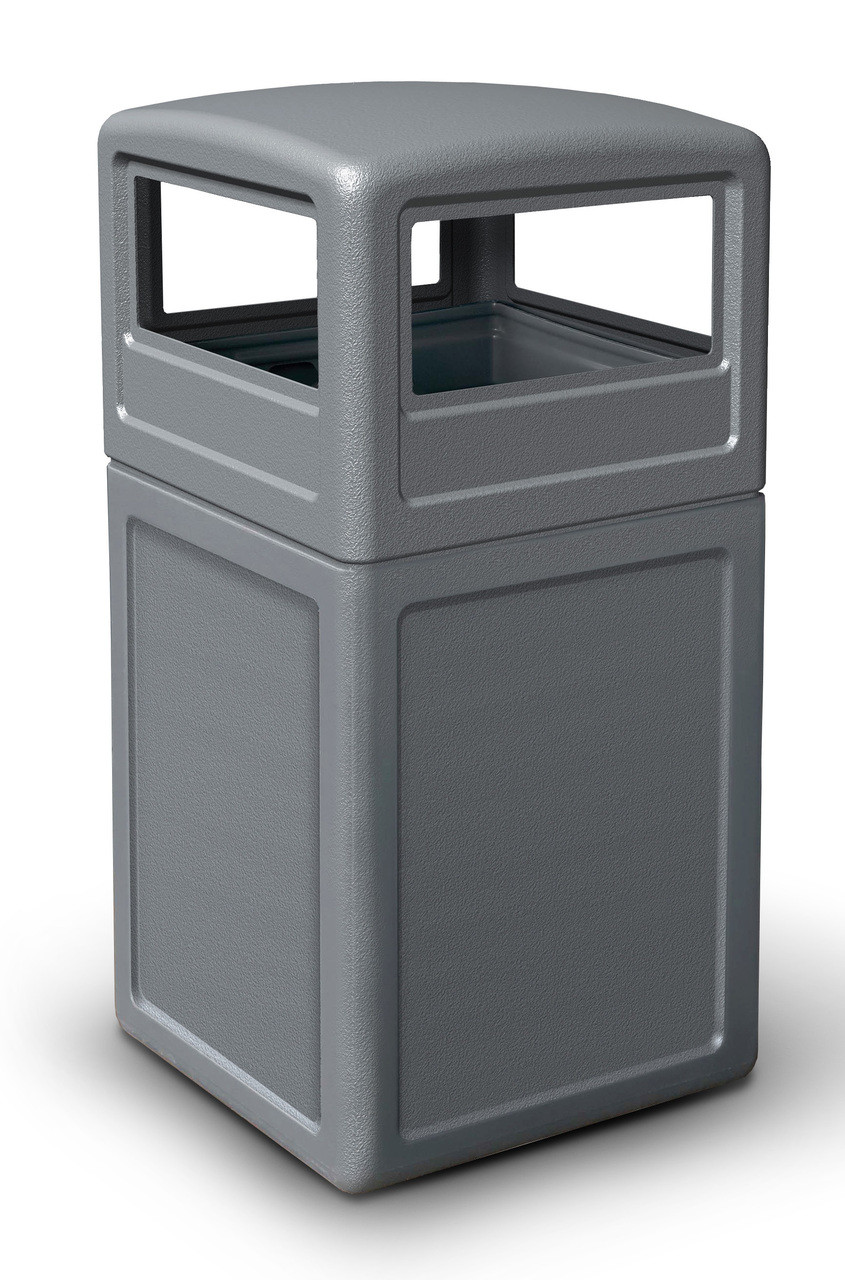 42 Gallon All Season Square Plastic Outdoor Garbage Can with Dome Lid Gray