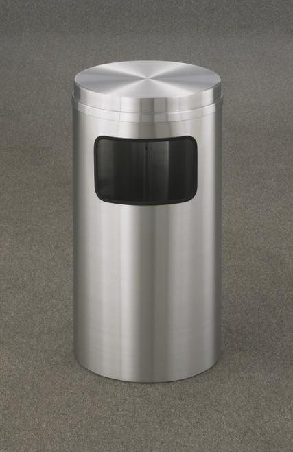 New Yorker 10 Gallon C1566SA Flat Top Trash Can w/Plastic Liner