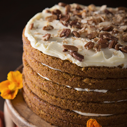 Big Iced Carrot Cake (1 Count)