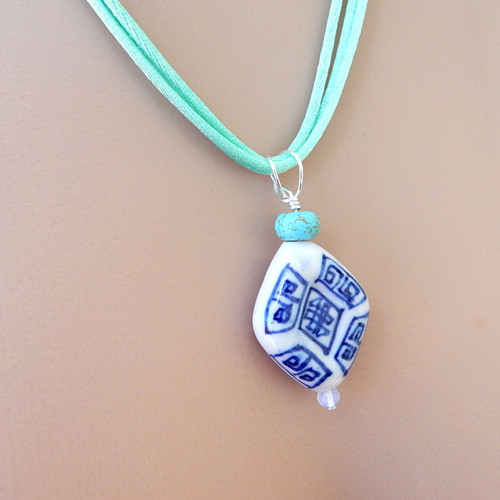 Chinese blue and white porcelain pendant mint satin 3 strand cord 20.5 inch