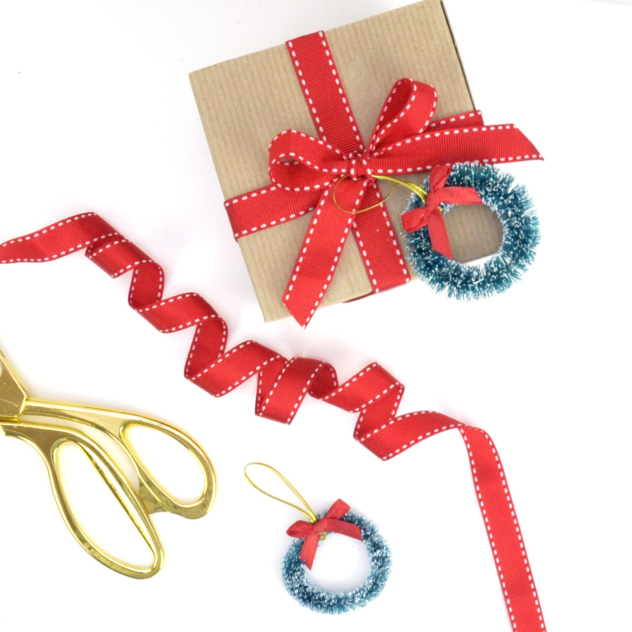 Christmas Wreath Gift Wrap Accessory For Presents Craft Projects