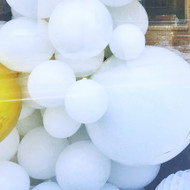 How to Build An Organic Balloon Garland Arch