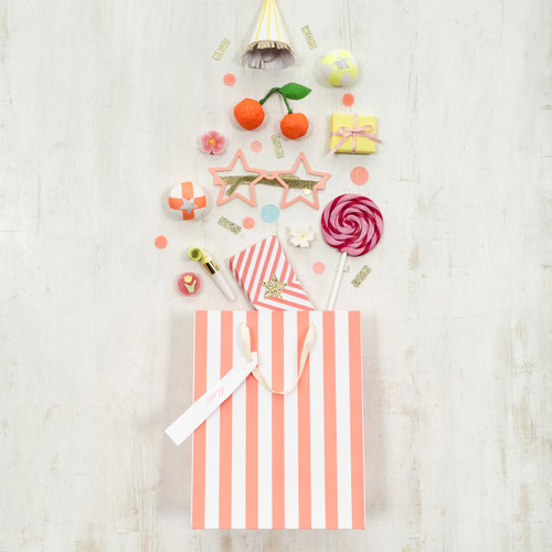 Stripe party gift bags for party goodies, favours and presents