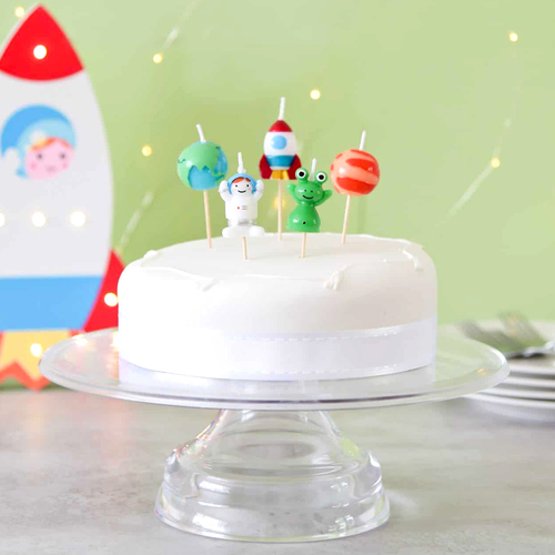 Space birthday cake candles  including an alien, space ship, astronaut and planets - perfect for any astronomy themed party!
