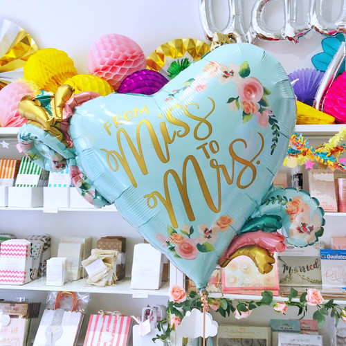 Floral Miss to Mrs Balloon for Hen Party Venue Decor
