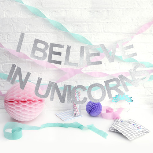 Glittery I Believe in Unicorns Party Garland