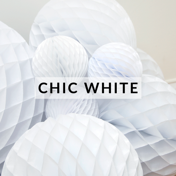 chic-white-party-decorations.png