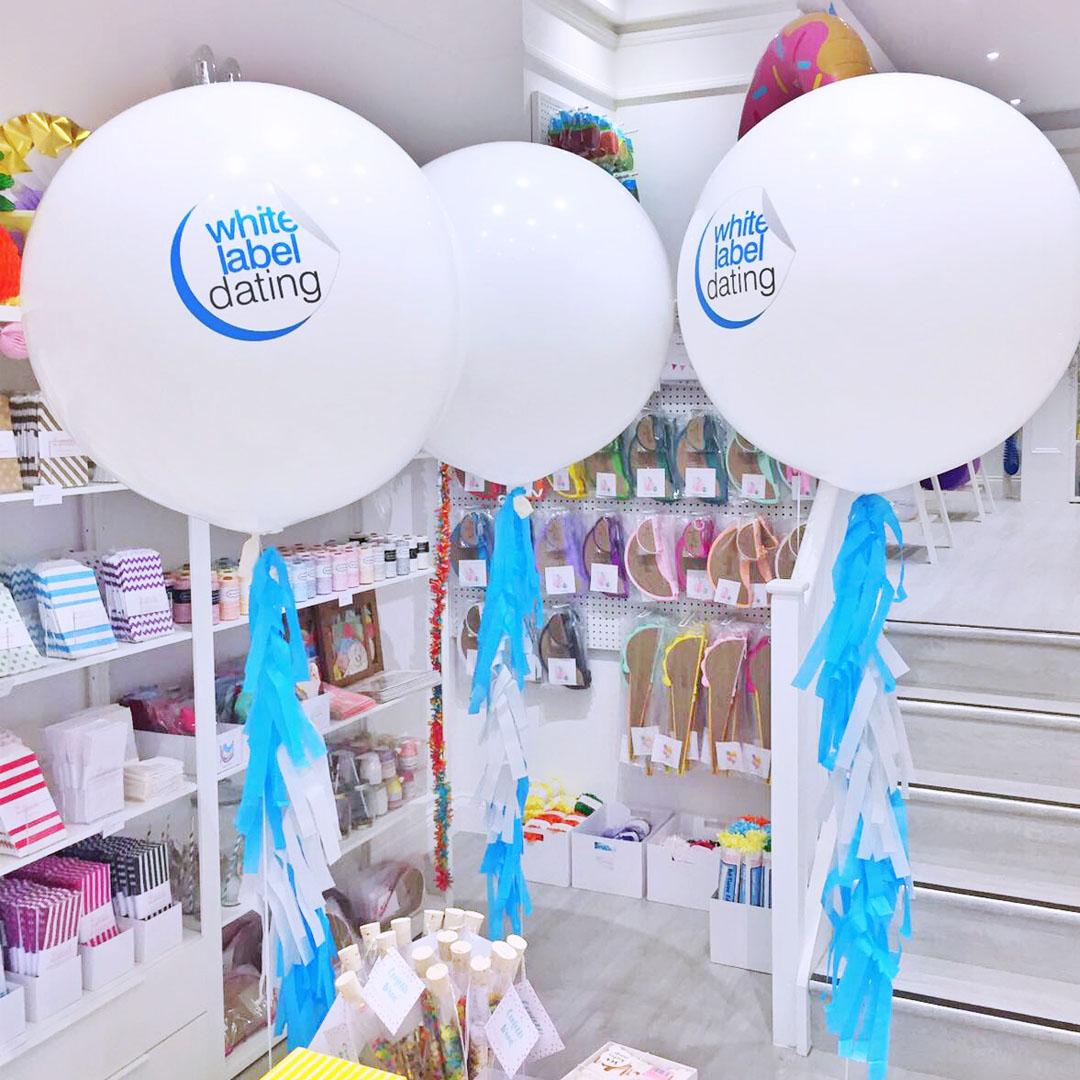 square-custom-giant-balloons.jpg