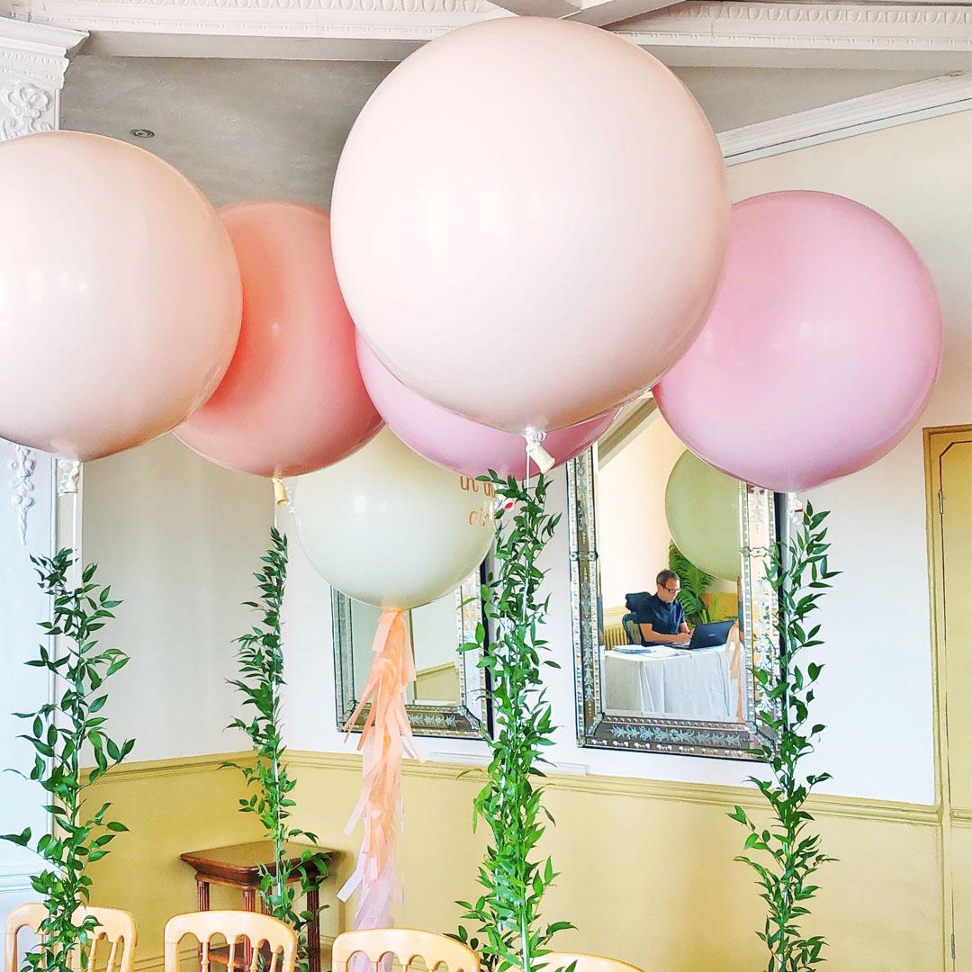 square-giant-pastel-wedding-balloons.jpg