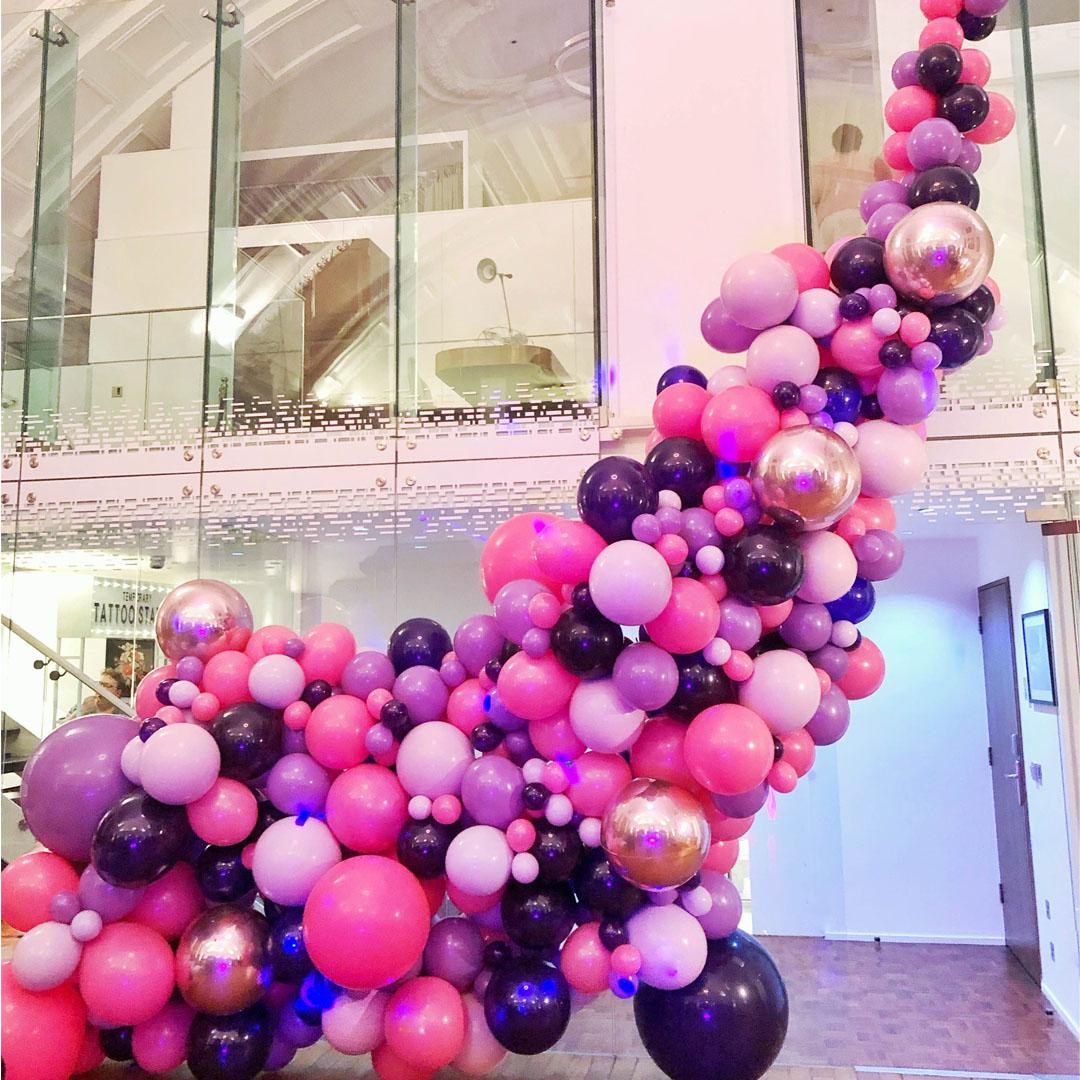 square-r-r-bride-balloon-display-installation.jpg